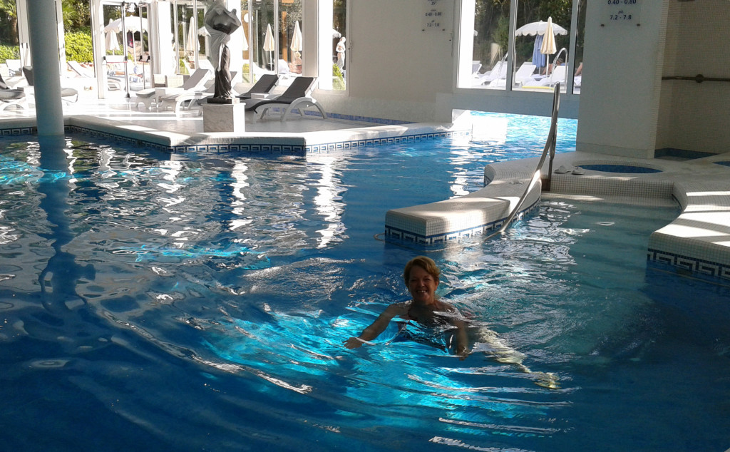 Piscina termale alle Terme Euganee Grand Hotel Abano