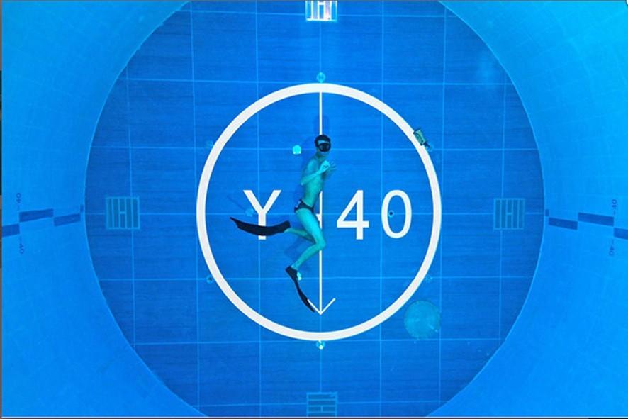 Y 40 la piscina pi profonda al mondo sui colli euganei for Y 40 piscina