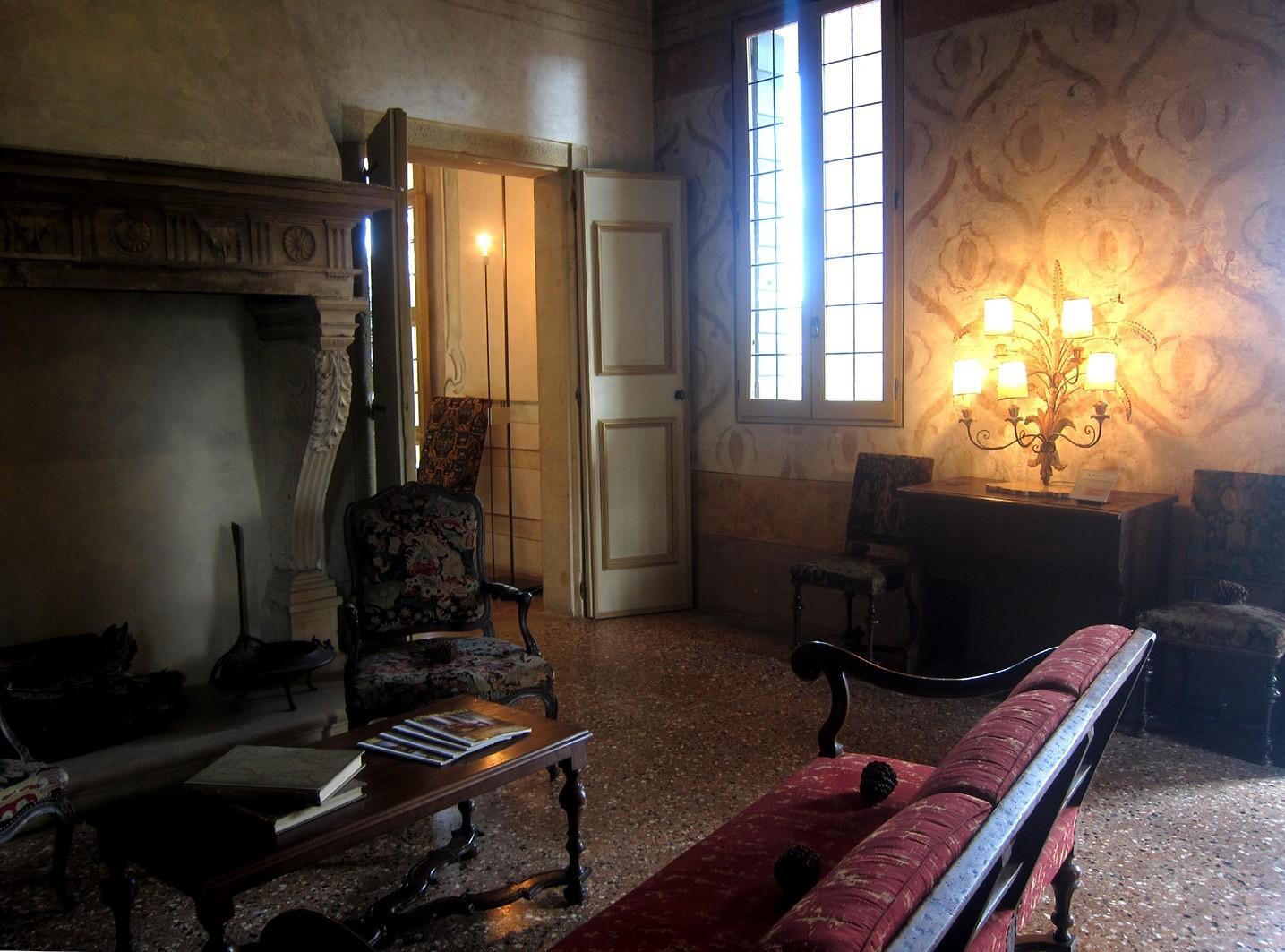 Interno della Villa dei Vescovi nei Colli Euganei