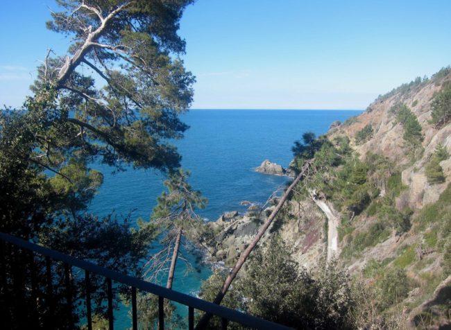 La Francesca: il sentiero che porta al mare