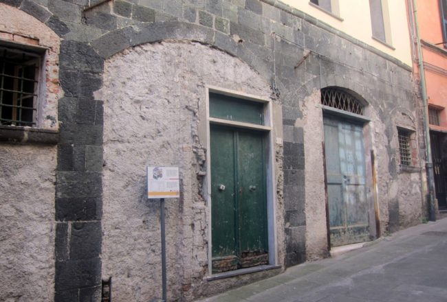 Levanto senza tempo: casa medioevale via Guani