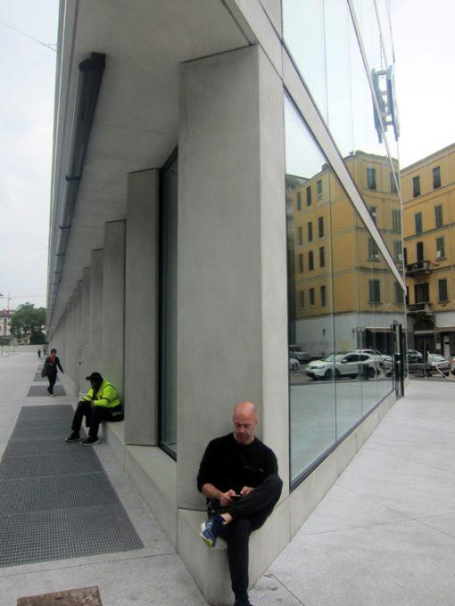 spigolo a fine edificio