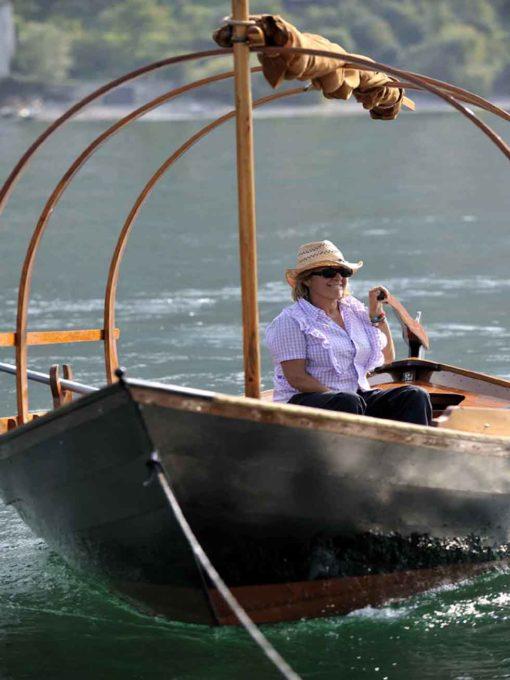 barca elettrica sul lago di Como