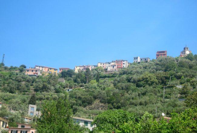 Il borgo di Costa visto dal borgo di Setta a Framura