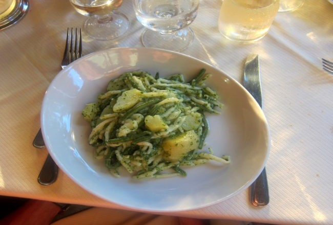 tradizionali trofiette con fagiolini e patate e...un pesto superlativo