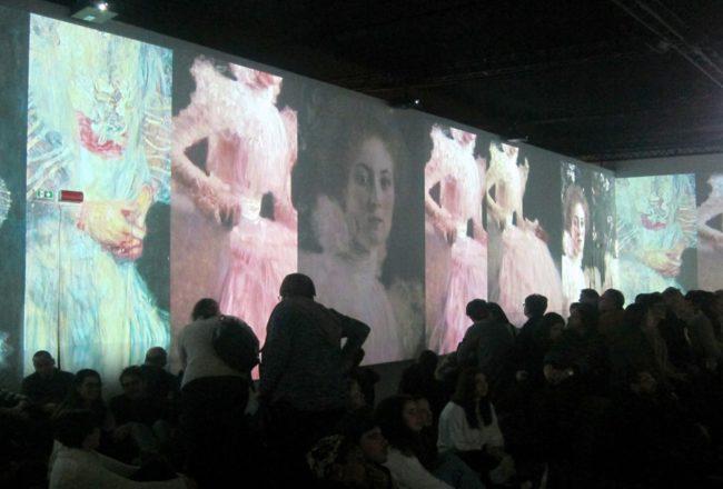 Le proiezioni alla Klimt Experience di Milano