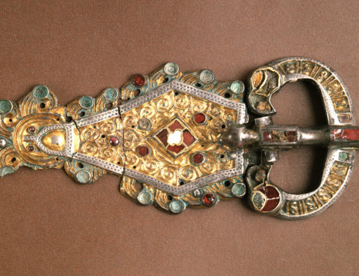 fibula longobarda ai musei civici di Pavia