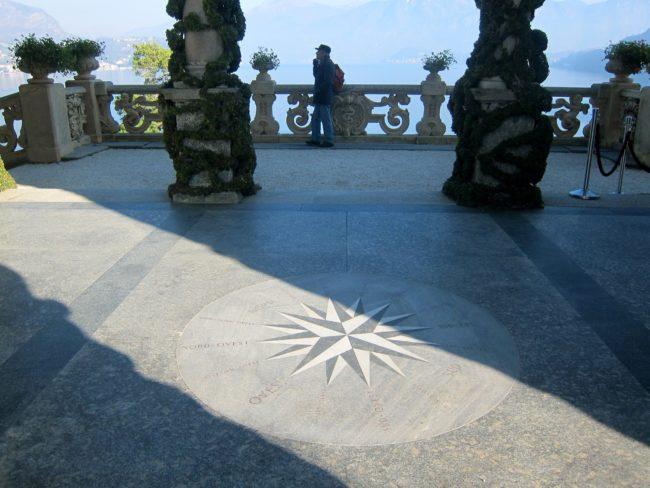 Rosa dei Venti nella loggia di Villa Balbianello