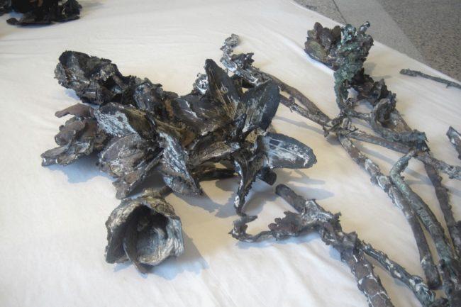 Tempesta dal Paradiso Abbas Akhayan calchi in bronzo di fiori mesopotamia