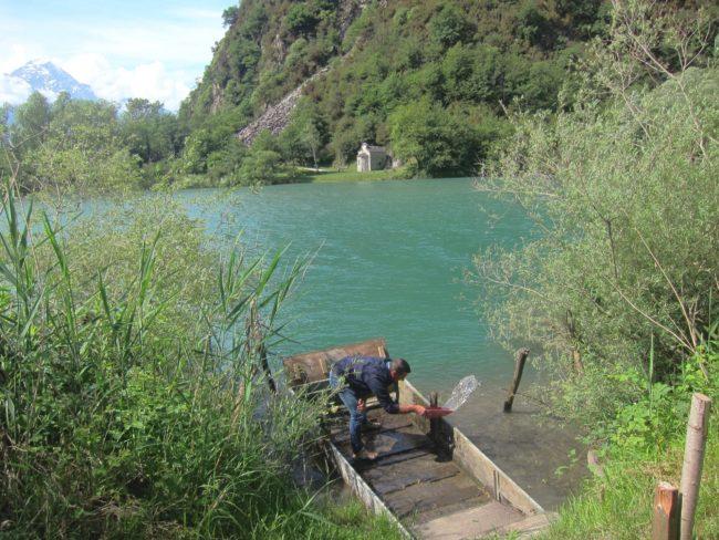 San Fedelino oltre il fiume Mera