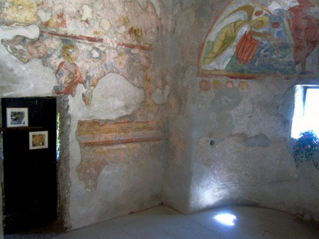 Interno oratorio di San Fedelino