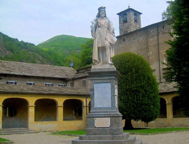 Monumento a Gaudenzio Ferrari a Varallo