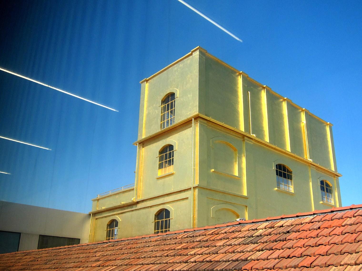 Hounted House Fondazione Prada