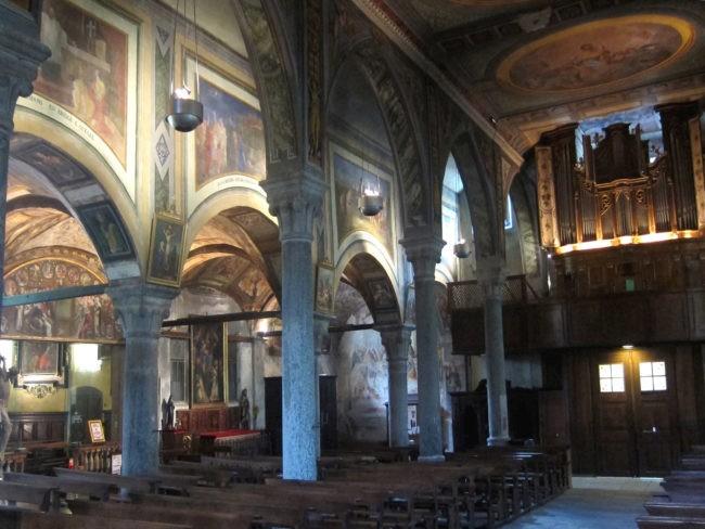 interno della chiesa di Baceno