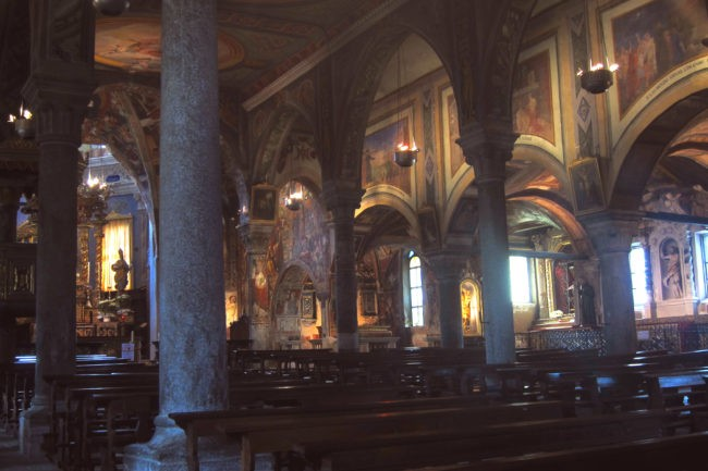 interno chiesa di San Gaudenzio a Baceno