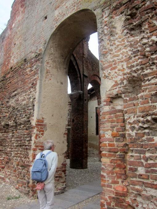 resti della basilica di Lomello
