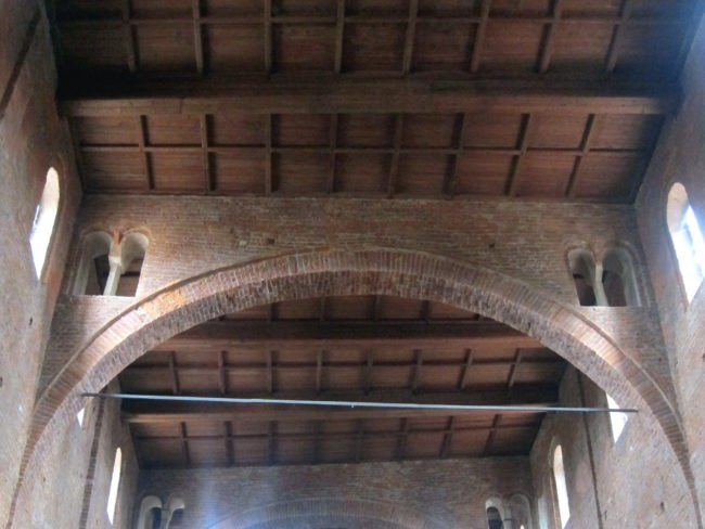 soffitto basilica Lomello