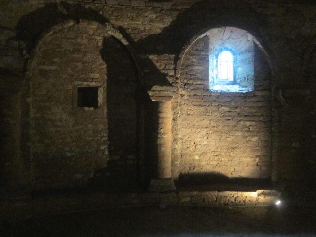cripta basilica di Lomello