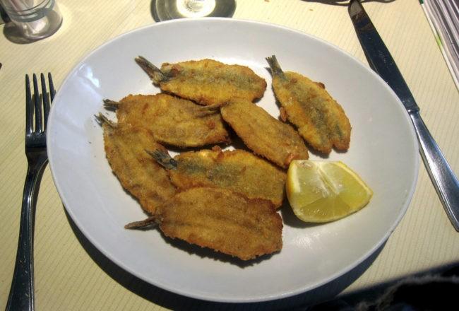 acciughe fritte al ristorante Silvia