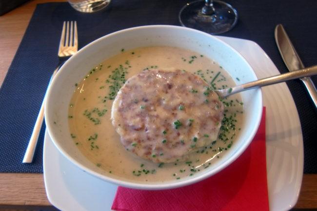 zuppa con canederlo baita oberholz