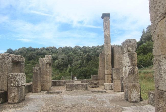 interno del tempio di Antas