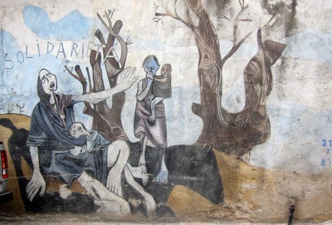 solidarietà sui murales di orgosolo