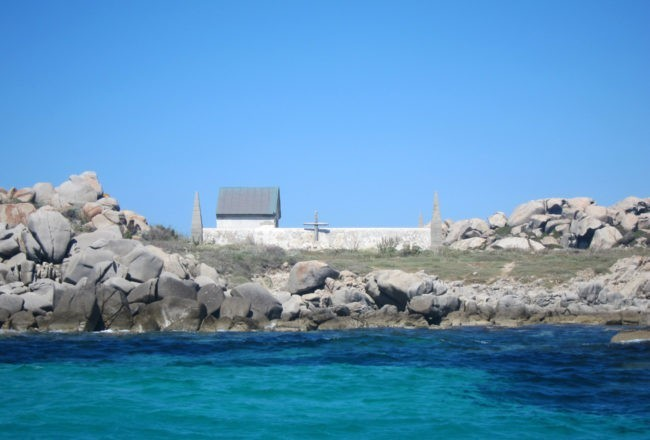 cimitero isola lavezzi