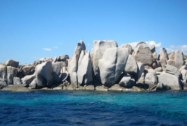 rocce isola lavezzi