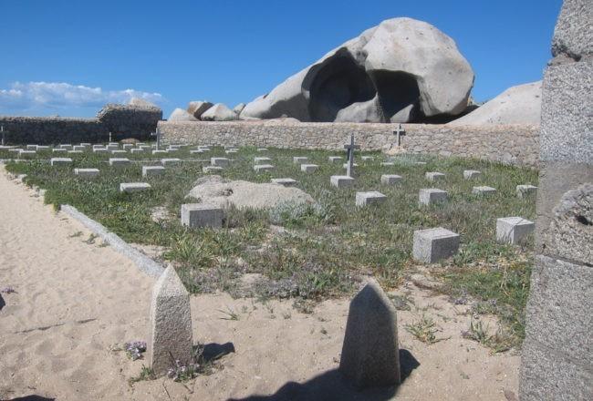 cimitero di lavezzi