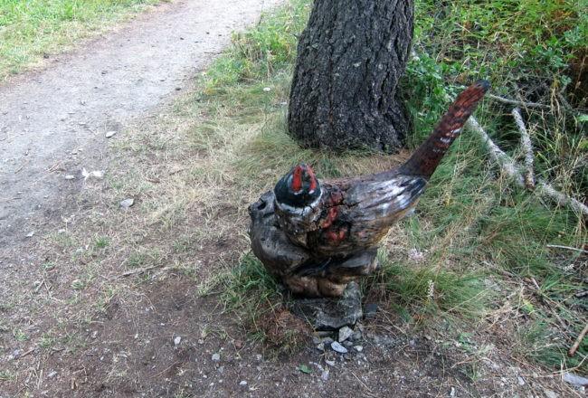 gallo scolpito da siro vierin