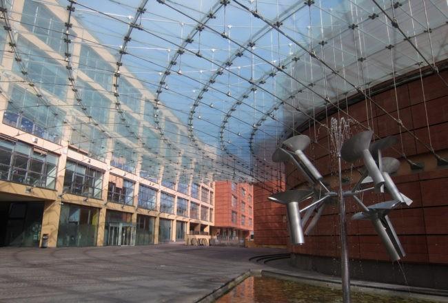 piazza centro Bipielle renzo piano