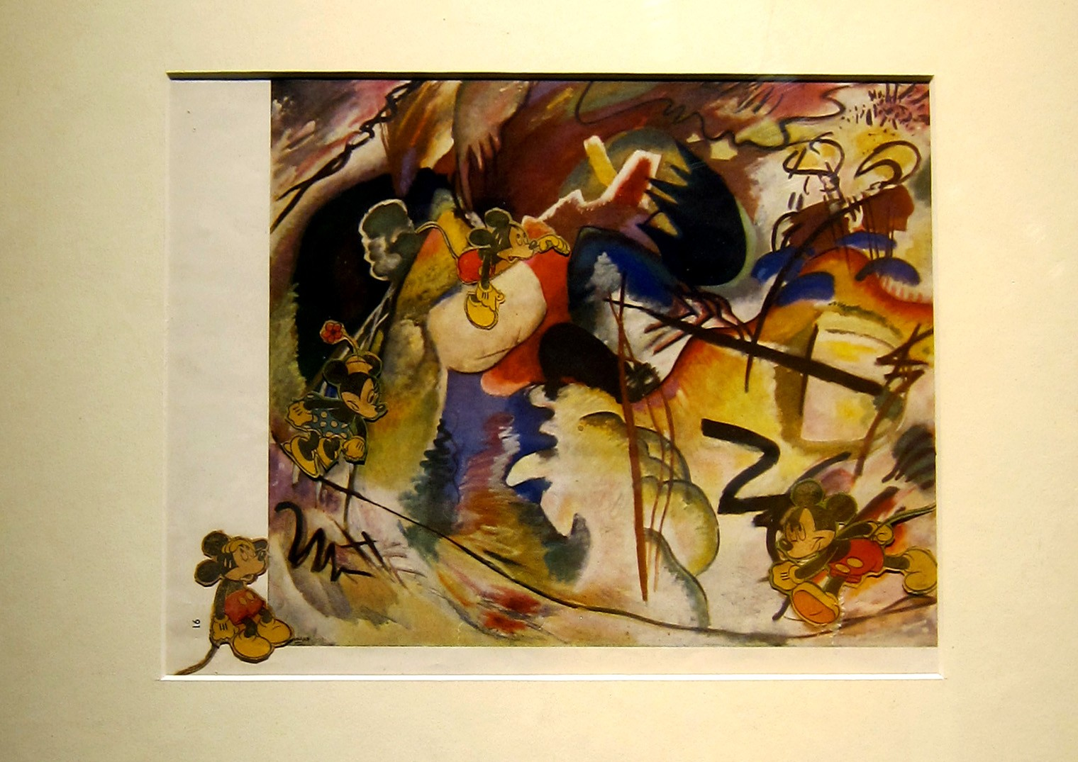 Topolino di Fischinger su riproduzione di Kandinsky