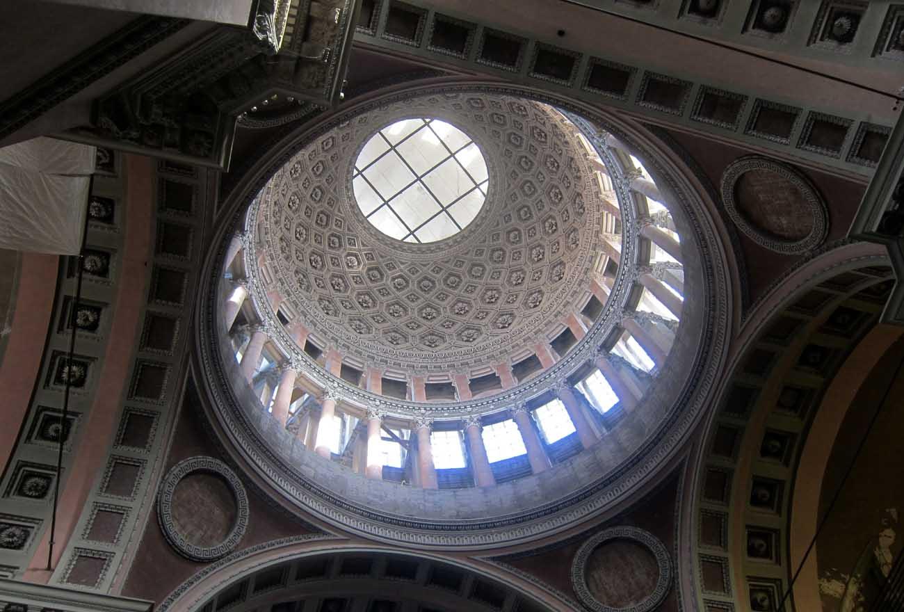 cupola-san-gaudenzio-interno
