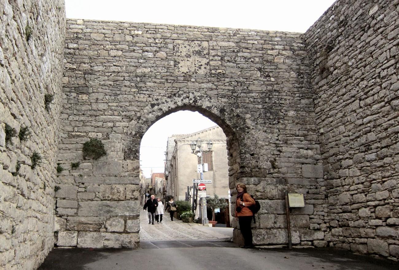 erice-entrata-borgo