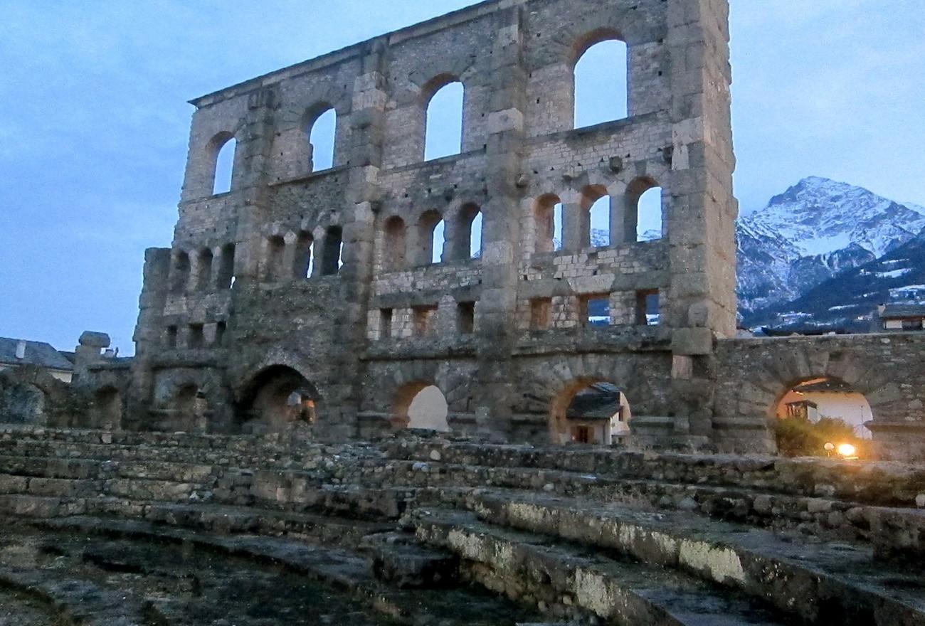 teatro-romano-di-Aosta