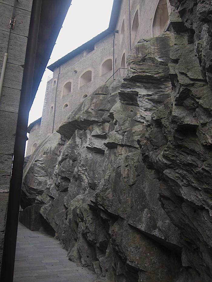 strada interna al forte di bard