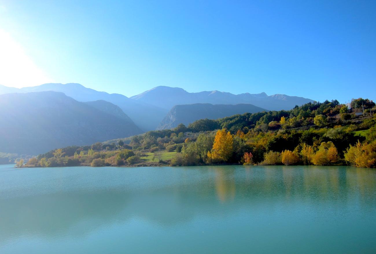 molise lago di castel san Vincenzo