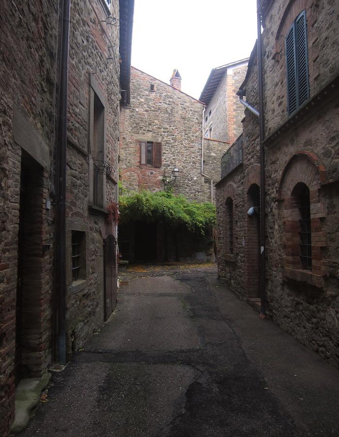 castel rigone borgo antico